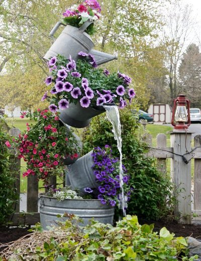 23-interesting-diy-garden-decorations-that-anyone-can-do (14)
