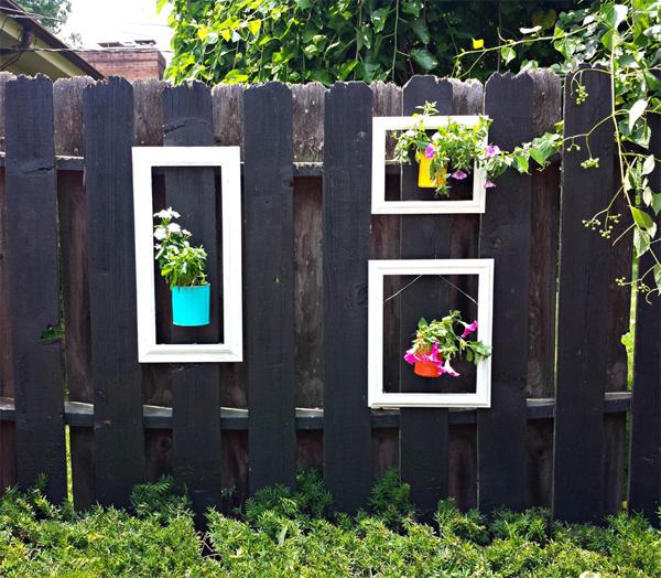 25-garden-fence-decorations (22)