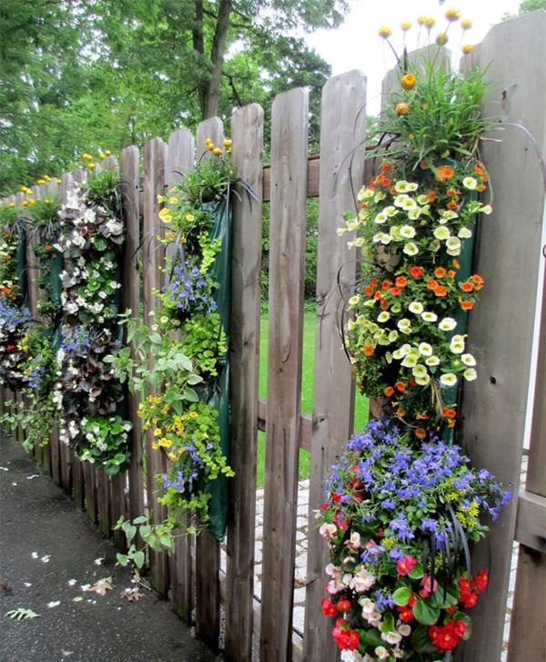 25-garden-fence-decorations (9)