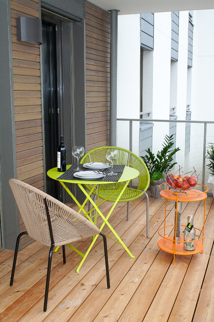 26-small-balcony-designs-in-traditional-style (6)