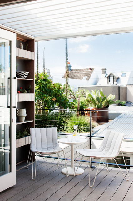 26-small-balcony-designs-in-traditional-style (8)