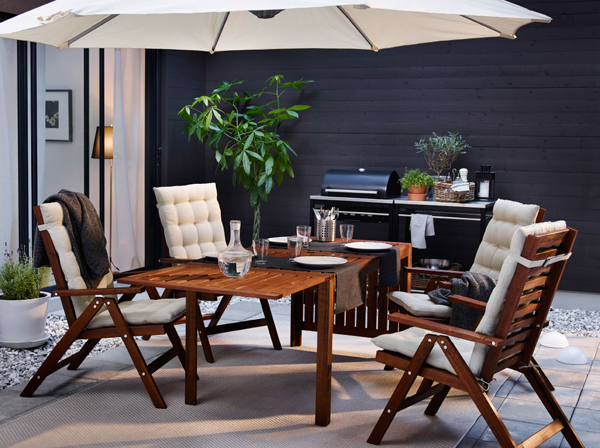27-relaxing-outdoor-furniture-with-Green-space (12)