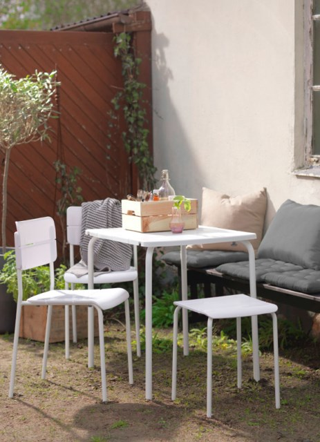 27-relaxing-outdoor-furniture-with-Green-space (26)