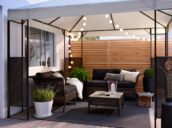 27-relaxing-outdoor-furniture-with-Green-space (4)