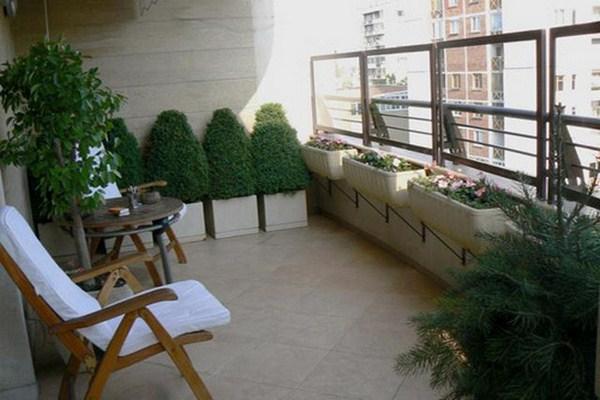 28 flowers balcony decoration ideas (14)
