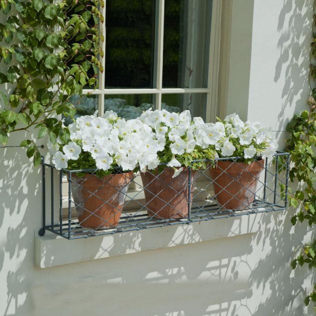 28 flowers balcony decoration ideas (21)