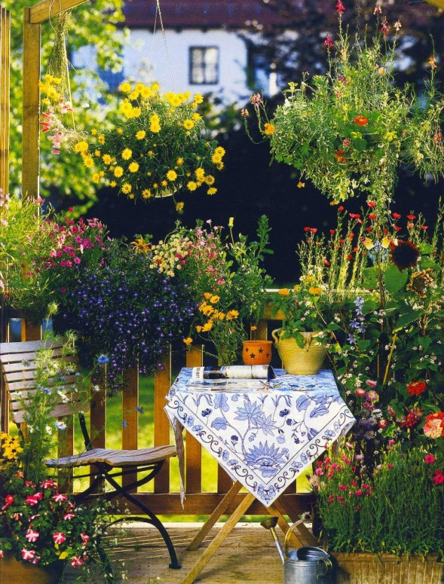 28 flowers balcony decoration ideas (5)
