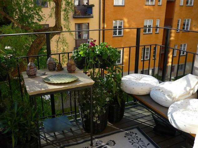 28 flowers balcony decoration ideas (8)