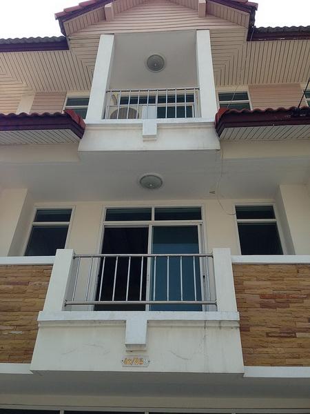 3 storey condo renovation (2)