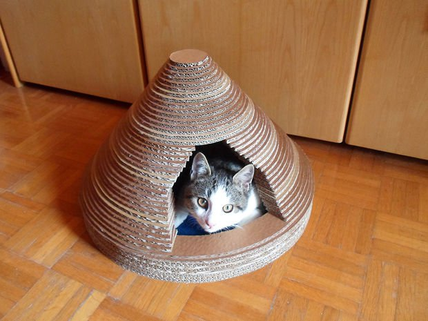 30-ideas-to-make-cool-cozy-bed-for-cat (15)