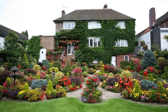 34-ideas-to-make-garden-paradise-in-your-yard (4)