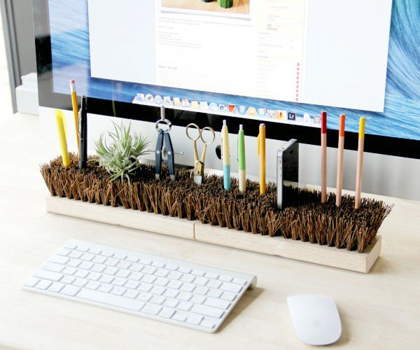 35-diy-desk-organizers-for-more-productive-work (8)