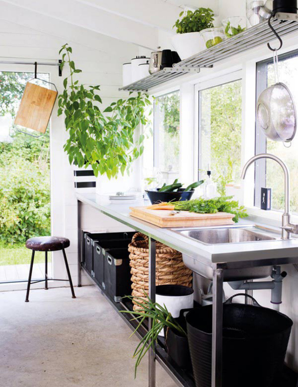 35-most-awesome-outdoor-kitchens (13)