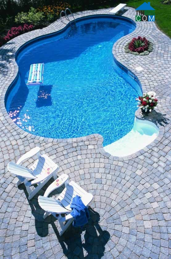 39 backyard pool ideas (2)