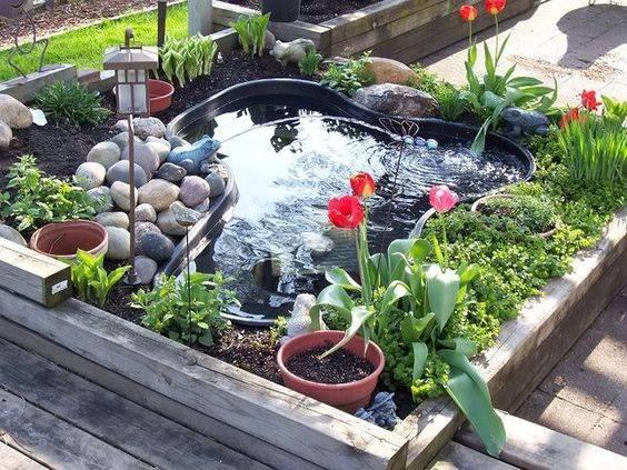 46 beautiful fish pond ideas (1)