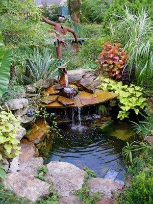 46 beautiful fish pond ideas (27)