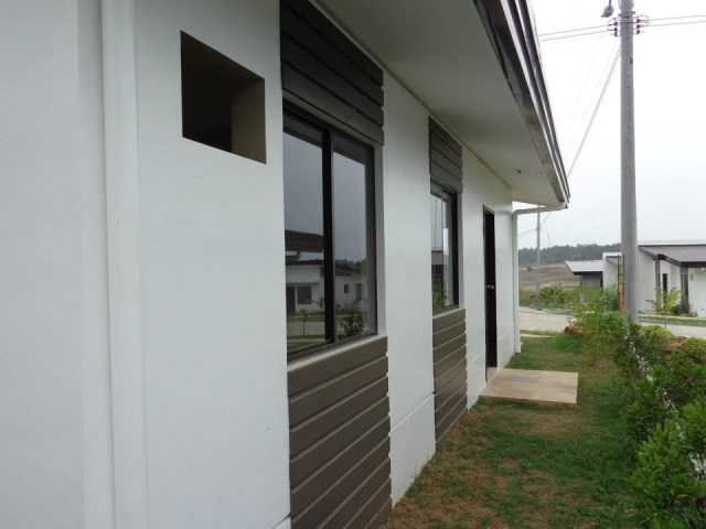 Contemporary compact House 3 bedrooms 2 bathroom (3)