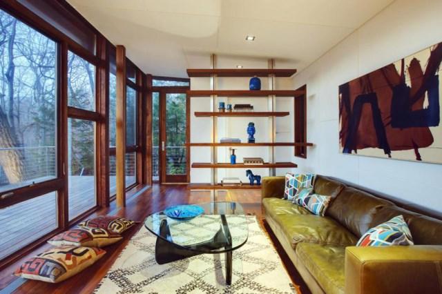 Cottage cabin studio hillside (1)