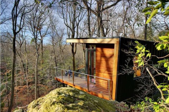 Cottage cabin studio hillside (2)