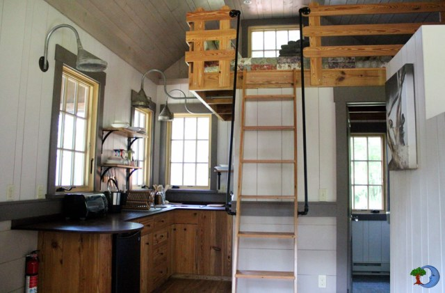 Cottages house compact size With mezzanine and balcony (4)