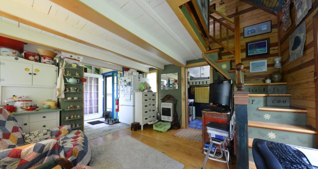 Cottages stilts house 1 bedroom with balcony hillside (2)