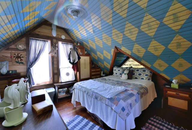 Cottages stilts house 1 bedroom with balcony hillside (7)