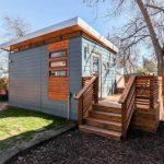 บ้านสตูดิโอ 1 ห้องนอน 1 ห้องน้ำ รูปทรงเรียบง่าย โทนสีสะดุดตา