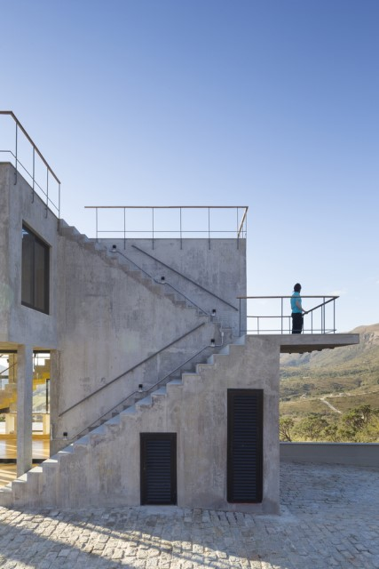 Modern cement houses Airy with natural villa (3)