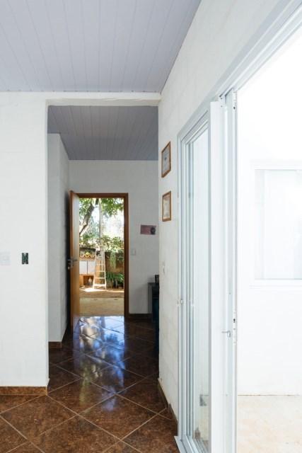 Modern home minimalist style with garden (2)