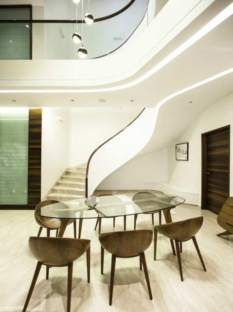 Modern house Beautiful shapes decorated with natural (10)