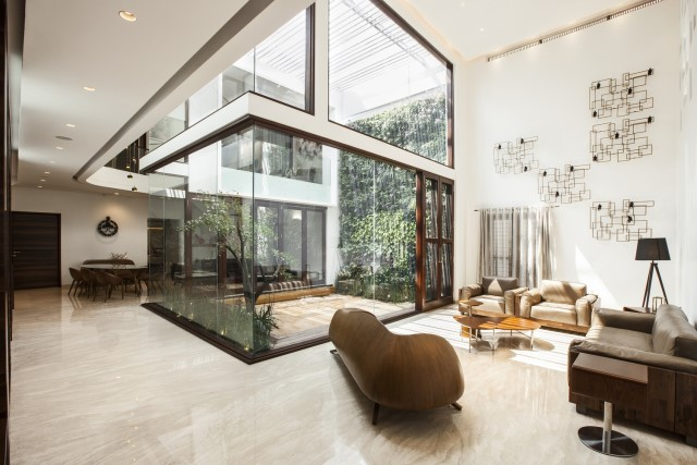 Modern house Beautiful shapes decorated with natural (12)