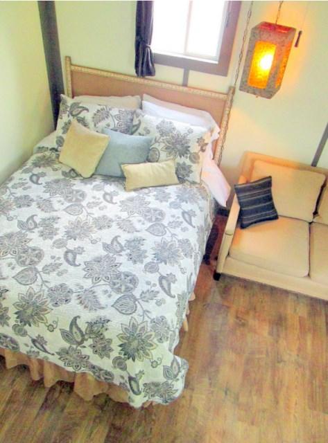 Modern house metalsheet design with 1 bedroom (6)