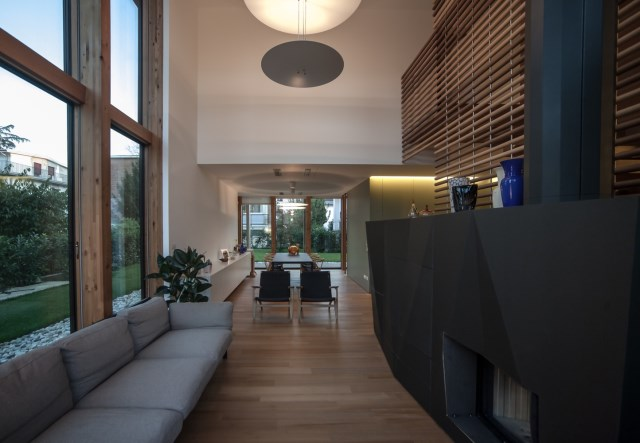 Modern house relaxation area nature nestling (2)