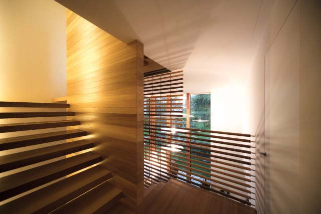 Modern house relaxation area nature nestling (3)