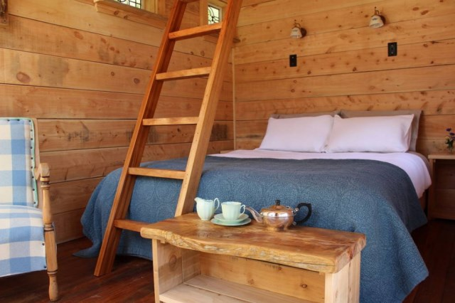 Small cottage house 1 bedroom with mezzanine (1)