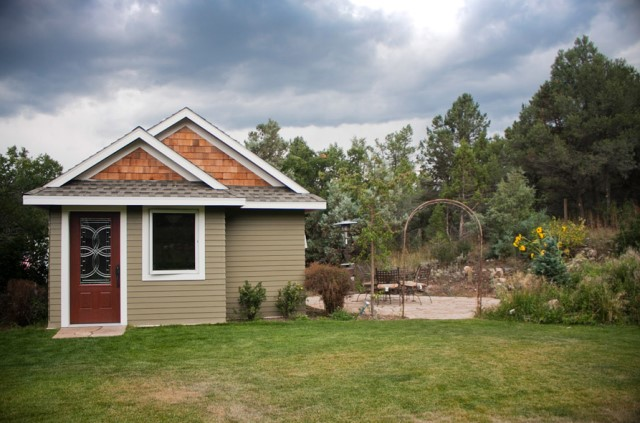 bungalow house Small size 1 bedroom (7)