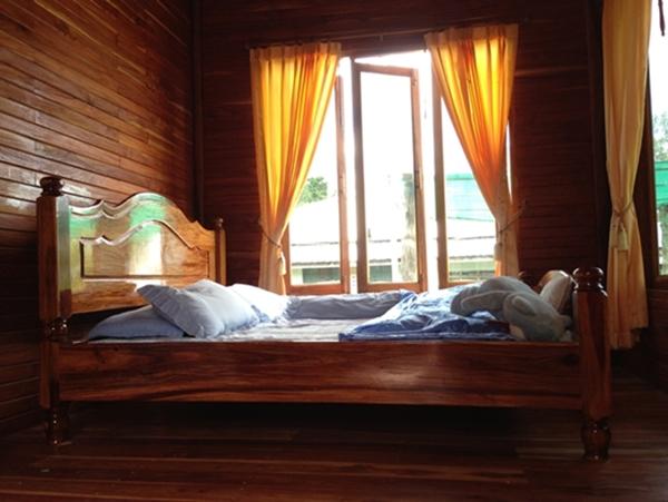 classic thai stilt house review (36)
