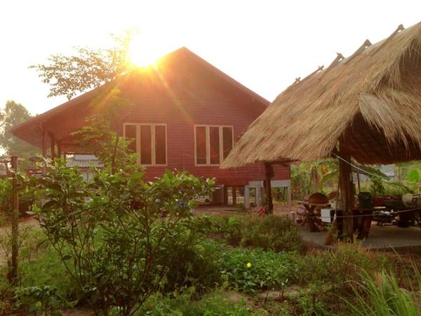 classic thai stilt house review (49)