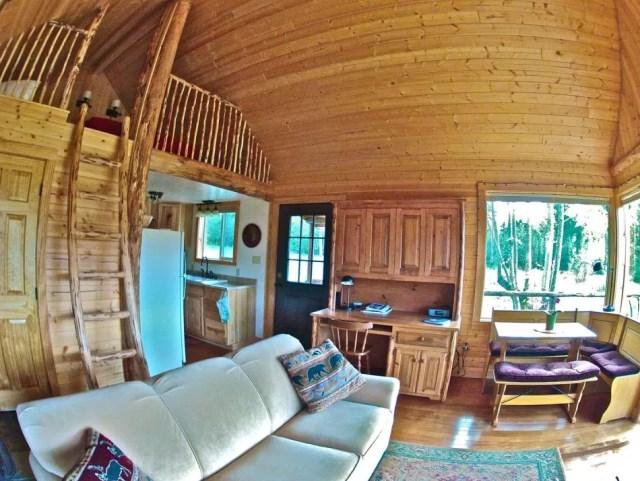 compact cabin cottage platform house (10)