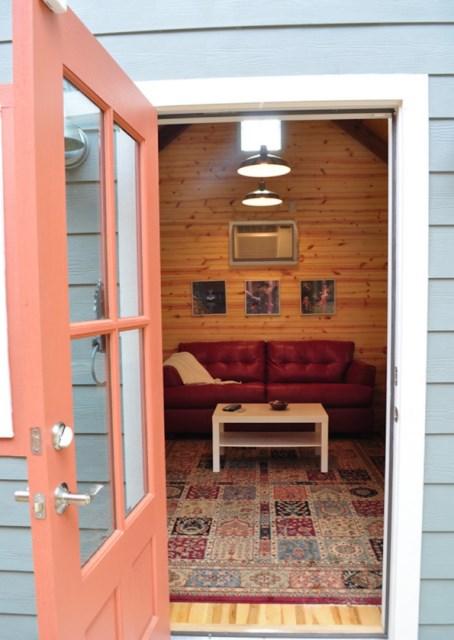platform Cottages small in garden (5)