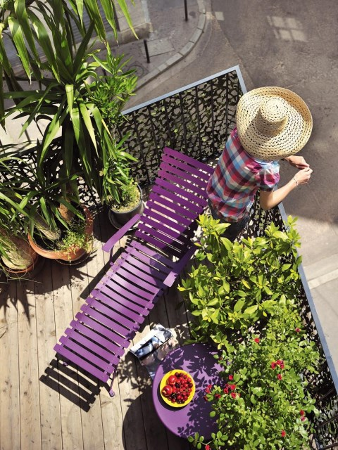 small-yard-balcony-and-roof-design-ideas (16)