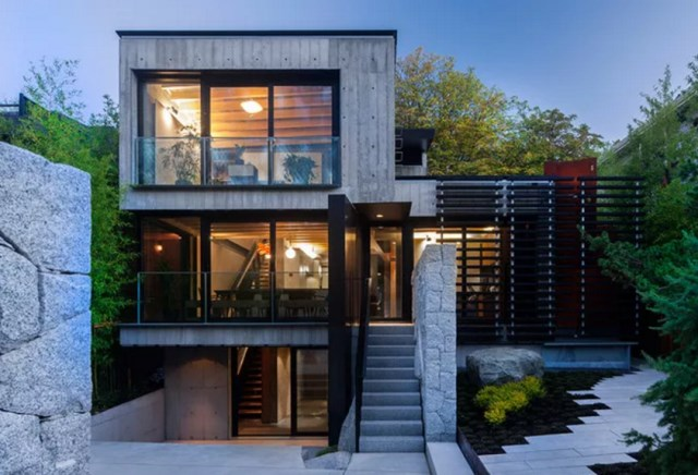three-story Modern house with loft style (7)