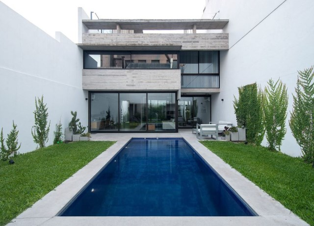 two-story Modern house decorated with cement With swimming pool (7)
