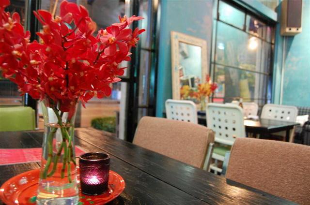 vintage restaurant renovation (40)