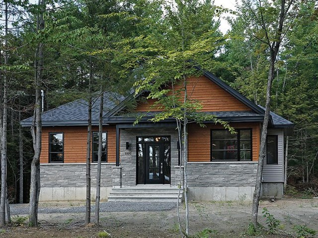 woodden Contemporary House (1)