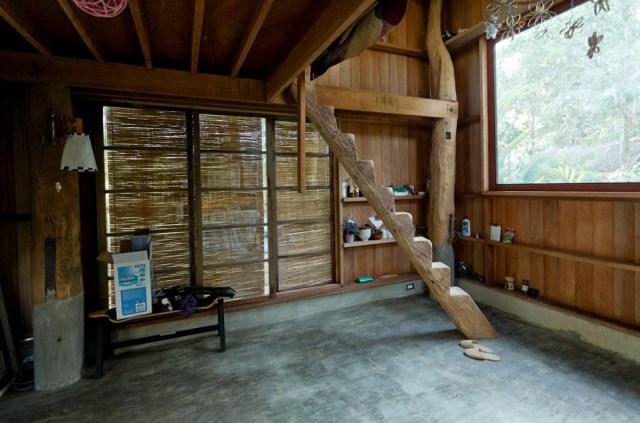 wooden Bunk House Modern Cabin Design (2)