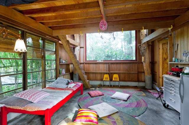 wooden Bunk House Modern Cabin Design (3)