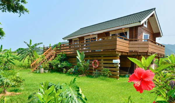 wooden country wide patio house (1)