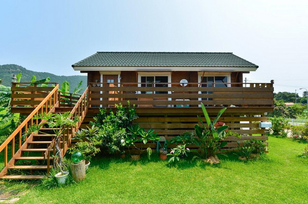 wooden country wide patio house (6)