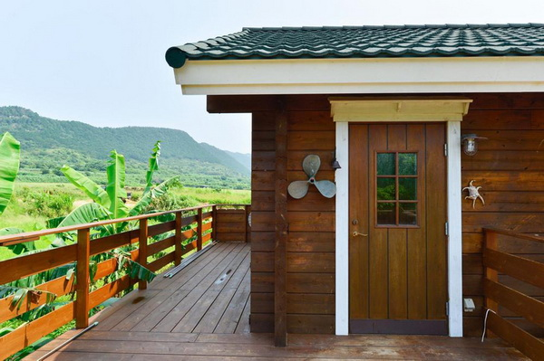 wooden country wide patio house (8)